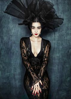 """Ancient and modern fusion domineering and glamorous, Fan Bingbing for Chinese version of """"Marie Claire"""" interpretation of the modern version of Wu Zetian 12"""