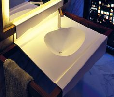 cencio furniture for bathroom made with Corian®