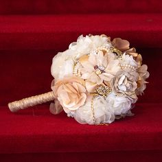 Bouquet with craft accents