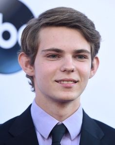 Gallery For > Robbie Kay Once Upon A Time 2014