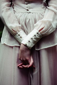 nestprettythings:    ophelia by mariehochhaus on Flickr.