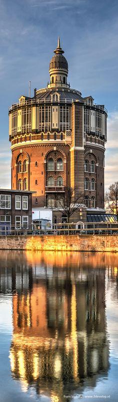 De Watertoren van De Esch in Rotterdam werd gebouwd in 1871-1873 naar een ontwerp van architect C.B. van der Tak en is daarmee de oudste nog bestaande watertoren van Nederland. Toen het waterleidingbedrijf eind jaren zeventig verhuisde werden de toren en een aantal hallen en waterbekkens geïntegreerd in de nieuwe woonwijk die op het terrein verrees. In de toren, een Rijksmonument, zijn tegenwoordig kantoren en een restaurant gevestigd.