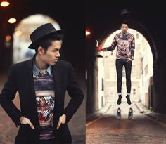 #tigerthrone #tiger #sweater #hat #guy #fashion #breakingrocks