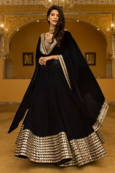 Breathtaking Black Lehenga Inspirations You Gotta See Black Mirror Work Lehenga Indian Attire, Indian Wear, Indian Outfits, Kurti Designs Party Wear, Lehenga Designs, Kurta Designs, Indian Gowns Dresses, Pakistani Dresses, Bridal Anarkali Suits