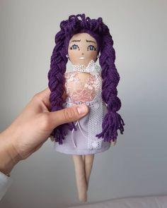 """34 """"Μου αρέσει!"""", 0 σχόλια - chingoleleta💜 (@chingoleleta) στο Instagram: """"💋🤍…"""" Handmade Dolls, Elsa, Disney Princess, Disney Characters, Instagram, Art, Art Background, Kunst, Performing Arts"""