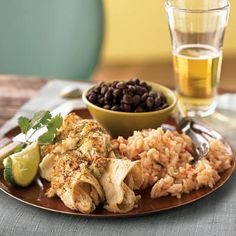Chicken Enchiladas with Salsa Verde Recipe .A squeeze of lime juice and bottled green salsa brighten the flavor of these hearty, yet mild enchiladas Great Recipes, Favorite Recipes, Healthy Recipes, Skinny Recipes, Ww Recipes, Dinner Recipes, Mexican Dishes, Mexican Food Recipes, Mexican Cheese