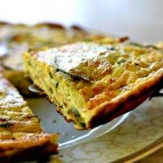 Zucchini frittata made with eggs, ricotta, parmesan cheese, zucchini, basil and thyme. You had me at ricotta :-) Simply Recipes, Egg Recipes, Low Carb Recipes, Great Recipes, Vegetarian Recipes, Cooking Recipes, Favorite Recipes, Healthy Recipes, Diabetic Recipes