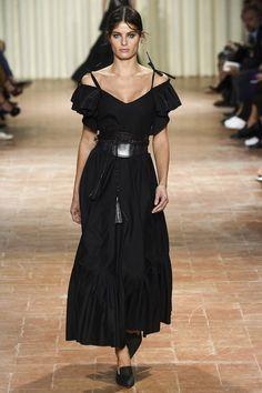 See all the Collection photos from Alberta Ferretti Spring/Summer 2017 Ready-To-Wear now on British Vogue Fashion Week, Fashion 2017, Runway Fashion, Fashion Show, Milan Fashion, Isabeli Fontana, Alberta Ferretti, Playing Dress Up, Spring Summer Fashion