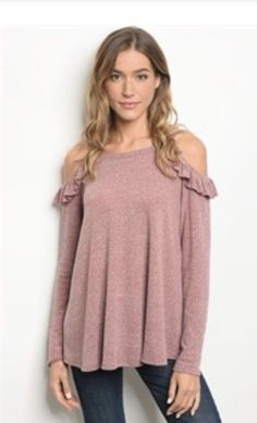 Long Sleeve Peep Shoulder Sweater. Size Large. People Are Free Boutique.   fashion 2f50fc53f