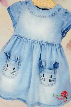 Denim girl's dress with kitty pockets Toddler Dress, Toddler Outfits, Baby Outfits, Kids Outfits, Baby Girl Fashion, Kids Fashion, Polo Outfit, Baby Dress Patterns, Little Girl Dresses