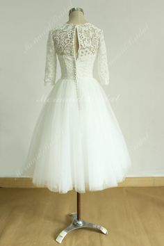 Vintage tea length ivory tulle lace wedding dress with mid