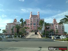 Lowes Don CeSar hotel in St Pete Beach Fl.