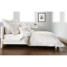 Maybe not right material - DKNY City Line Quilt in Ivory