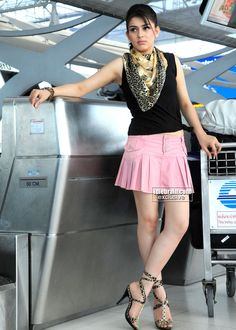 Enjoying creamy Hansika !! - Page 17 - Xossip