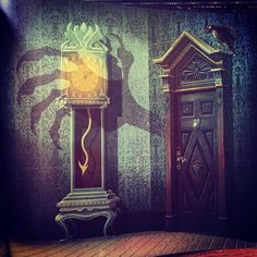 The Haunted Mansion illustrated by James Gilleard #spookykidsbooks #thehauntedmansion