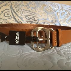 Michael KORS Brand New Belt Sz XL! Michael KORS Brand New Belt Sz XL! Please check my out my other listings, I have a lot of really great deals!!!! Bundling save your money in shipping!!!! Michael Kors Accessories Belts