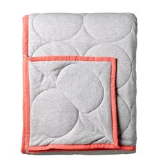 Bloomingville jersey quilt with neon coral piping