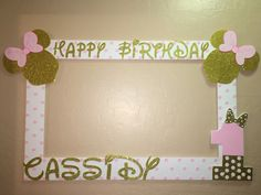 photo frame party prop Mickey minnie mouse by titaspartycreations Minnie Mouse Theme Party, Minnie Mouse Birthday Decorations, Minnie Mouse First Birthday, Minnie Mouse Baby Shower, Minnie Mouse Pink, Mickey Party, 1st Birthday Girl Decorations, 2nd Birthday Parties, Birthday Balloons