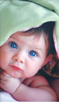 blue eyes. ....... Precious ❤