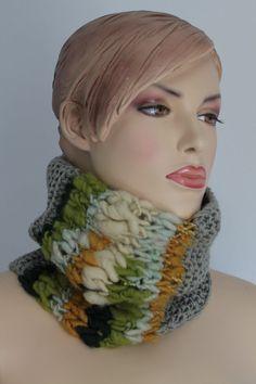 Otoño moda capucha bufanda de punto a mano de por levintovich