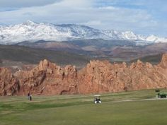 Golf is one of the major attractions in St George Utah!  Here's a list of some of the most popular courses and their fees.