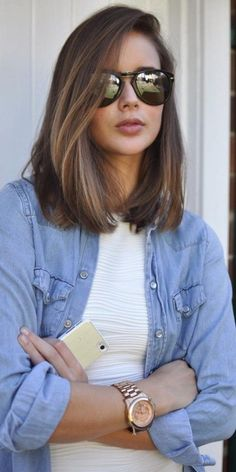 Lob ve Bob saç modelleri senenin en yeni trendleri! Kadınların tarzlarına g… Lobe and Bob hairstyles are the newest trends of the year! This new trend is spreading according to the styles of … Cute Medium Length Hairstyles, Hairstyles For Round Faces, Long Bob Hairstyles For Thick Hair, Round Face Haircuts Medium, Medium Hair Round Face, Haircut For Medium Length Hair, Medium Hairstyles Women, Blunt Cut Hairstyles, Short Hair