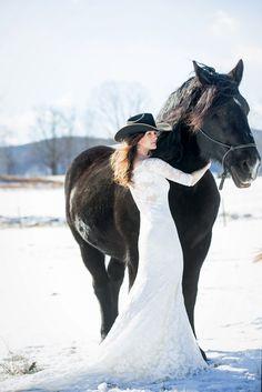 Equestrain bride with wedding horse  | Saratoga Springs, NY wedding photographer