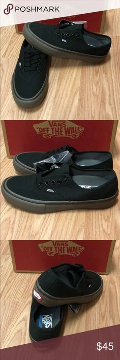 Canvas Authentic Pro Vans New in box. Black gum. Men s 6.5 women s 8 3b80f9cd8