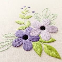 Now available as a PDF pattern on Etsy! . . . . #embroidery #stitching #handembroidery #handmade #bordado #broderie #handmadeUSA #embroideryinstaguild #needlework #craftastherapy #crafttherapy #makersmovement #dmcthread #contemporaryembroidery #modernmaker #etsyseller #textileoftheday #handstitched #fiberartist #etsy #embroideryart #embroideryhoop #embroiderypattern #flowers #botanical #nature #diycrafts #embroideryproject