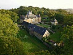 French Cottage, French Country House, Country Homes, Castle House, Manor Houses, Chateaus, French Chateau, Forts, Abandoned Mansions