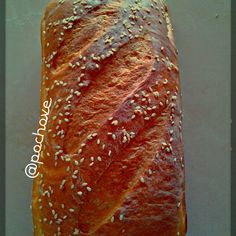 Buen día, pan fresco/ good morning fresh #Bread #bakery #pochoveBreads Photo by pochove