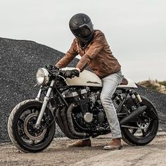 "Gefällt 9,916 Mal, 8 Kommentare - CAFE RACER  caferacergram (@caferacergram) auf Instagram: ""⛽️Fueled by @rebelsocial 