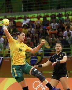 Olímpiadas RIO 2016 Fase de classificação Resultado Final: BRASIL 29 x 23 Montenegro  Rio 2016 Olympic Games Qualifying Phase Final Result: BRAZIL 29 x 23 Montenegro  #raçabrasil #torçapelohandebol