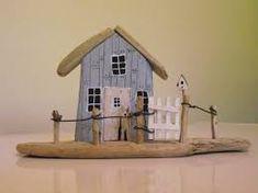 Resultado de imagen de driftwood houses