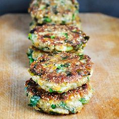 These lentil and amaranth patties are healthy, easy to make, vegan and delicious! You'll love their crispy texture and lovely taste!