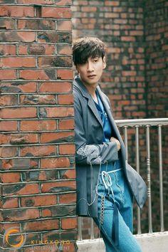 Follow me!!! Korean Celebrities, Korean Actors, Runing Man, Lee Kwangsoo, Running Man Members, It's Okay That's Love, Kwang Soo, Stuff And Thangs, Asian Style