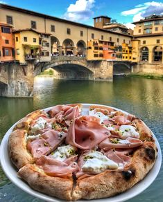 The wonders of Italy will seduce you for sure! Good Food, Yummy Food, Destination Voyage, Cafe Food, Aesthetic Food, Food Cravings, Food Inspiration, Fashion Inspiration, Italian Recipes