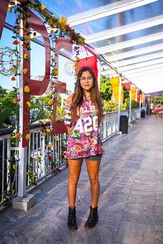 estampas + pernas de fora + botinha = clássicos do Rio