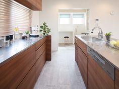 T house Kitchen Dinning, Kitchen Island, Kitchen Cabinets, Dining, Kitchen Collection, Tiny House, Interior, Tiny Tiny, Kitchen Ideas