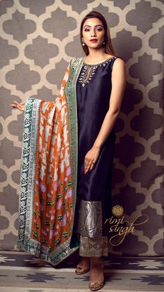 Indian Designer Outfits, Indian Outfits, Indian Clothes, Daily Fashion, Trendy Fashion, Trendy Style, Lilac Grey, Kurti Designs Party Wear, Organza Saree