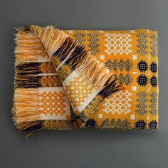 Welsh Tapestry Blanket Gold - Labour and Wait
