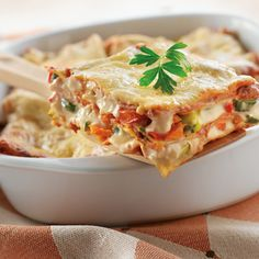 Creamy Vegetable Lasagna is filled with colorful vegetables like red & green bell peppers and zucchini. This creamy, cheesy and easy-to-make lasagna is perfect any night of the week (and great the next day). Vegetable Lasagna Recipes, Vegetarian Recipes, Cooking Recipes, Vegetable Lasagne, Vegetable Ideas, Pescatarian Recipes, Meat Recipes, Pasta Recipes, Penne