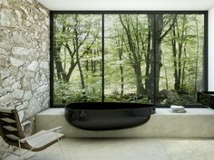 Designed by Claudia Danelon and Federico Meroni, this black trendy bathtub included within the designers' Beyond Collection, comes with a shock... - #bathrooms #bathtub #design #for #Minimalist #modern #Original - #interiordesign #home #homedesigner #house