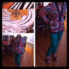 Tory Burch tunic ⚠️Tory Burch tunic very soft and warm. Can be pair with leggings, skinny jeans or bell bottom pants. worn 1 time onlyNO TRADES NO PAYPAL PLEASE Tory Burch Tops
