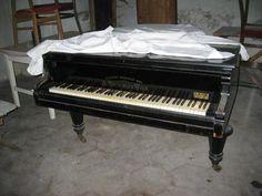 Régi zongora