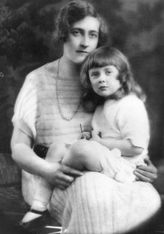 Agatha Christie with her only child, daughter Rosalind