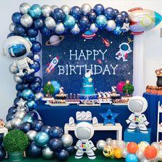 "Deco Balloons BCN on Instagram: ""#astronauta #espacio #planetas #spaceparty #fiestadelespacio #fiesta #festa #party #bcn #barcelona #catalunya #globus #globos #balloons…"""