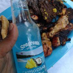 Dinner al fresco.#summer #summerbbq #bbqchicken #bbq #dinner #lowcarb #lowcarbhighfat #lchf #ketolife #ketogenicdietworks #ketogenicdiet #lowcarblifestyle #lowcarbdinner by kayntwinsmom
