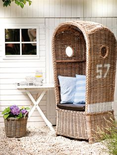 """Original """"Strandkorb"""" (beach basket) design that inspired modern privacy chairs Coastal Homes, Coastal Living, Outdoor Spaces, Outdoor Living, House By The Sea, Nautical Home, Home And Deco, Beach Chairs, Beach Cottages"""