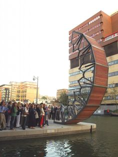 Thomas Heatherwick's Rolling Bridge, Paddington Basin, Ldn.